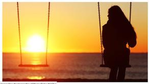 외로움은 끝나지 않는다.....