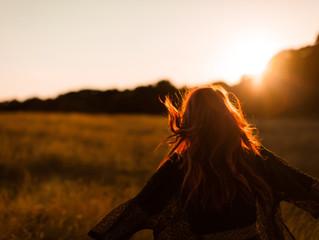 A importância de ganhar intimidade com a própria história de vida e revelar nossos padrões positivos