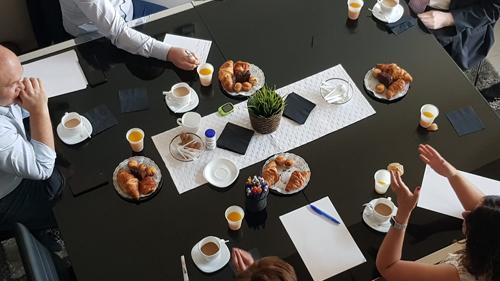 Desayuno De Trabajo