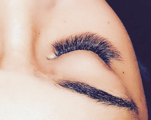 Extreme Volume Lash Extensions