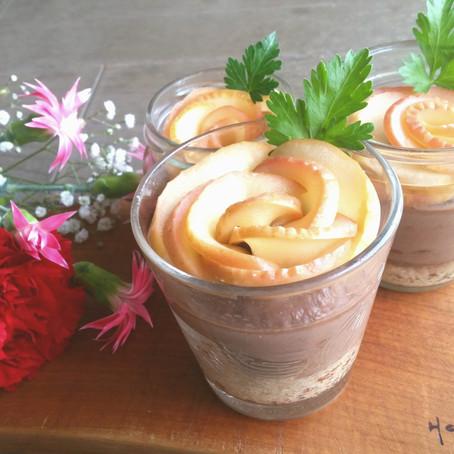 母の日に薔薇りんごのココア豆乳バナナタルト