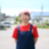店主のツマ 夏堀瞳