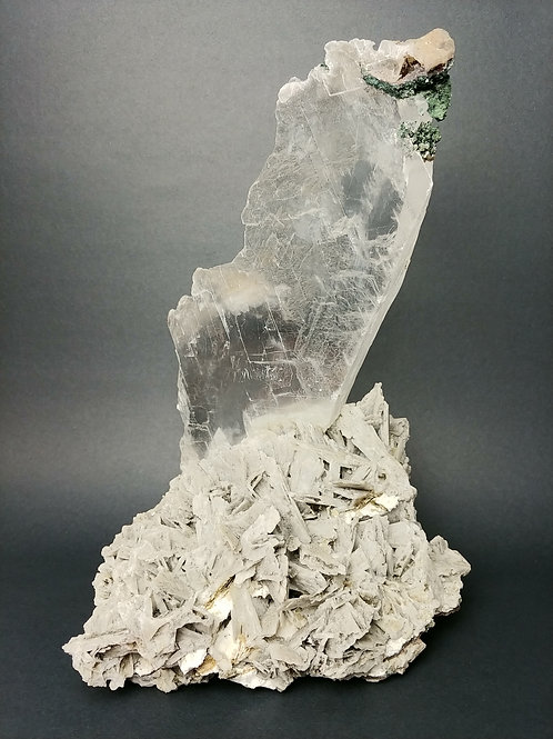 Natural Selenite Display
