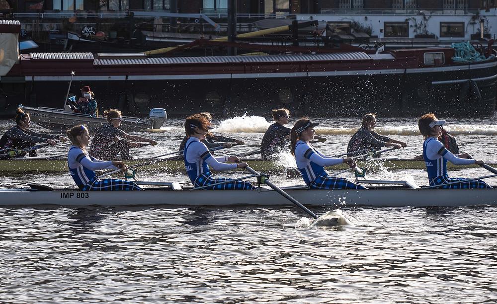 W8+ vs Thames