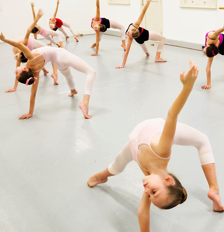 Intermediate Contemporary ages 10-14yrs