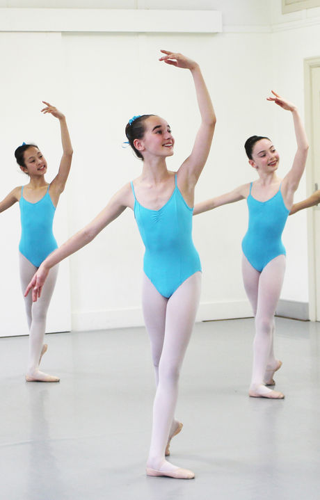 Intermediate Ballet ages 12-15yrs