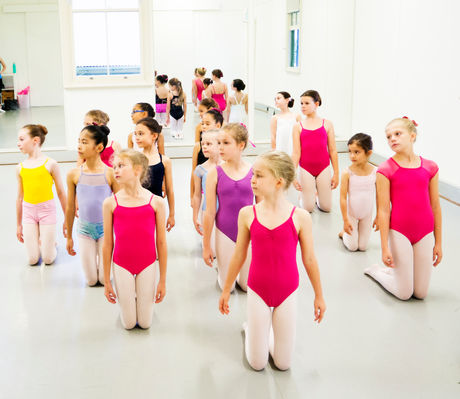 Junior Contemporary ages 7-9yrs