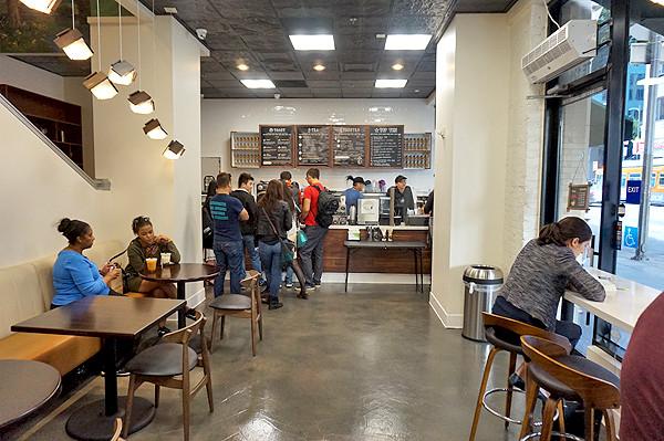 600 W 7TH | DTLA CAFE