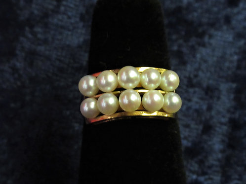 14kt Gold Pearl Ring