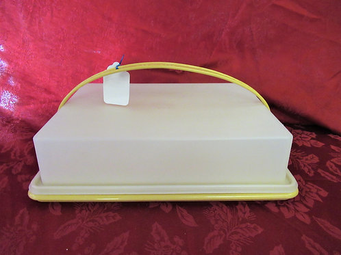 Tupperware Sheet Cake Carrier with Handle