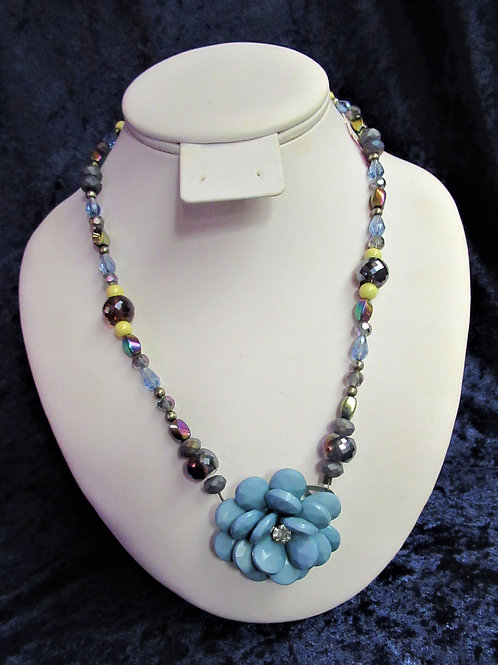 Fun Floral Necklace