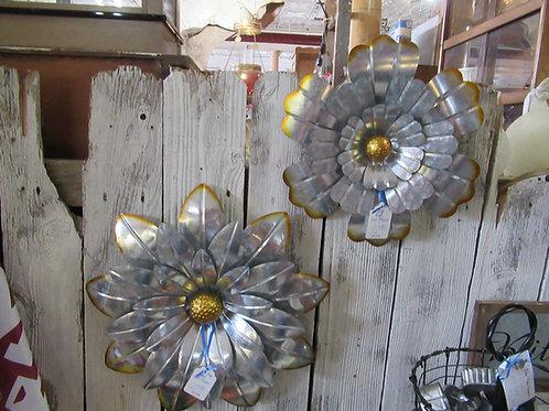 Extra Large & Large Metal Flowers