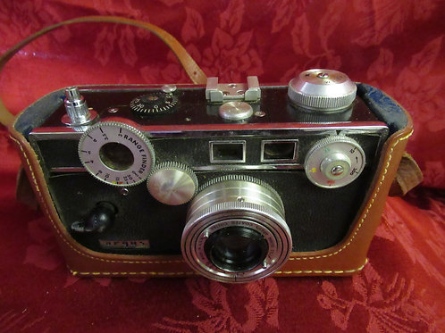 1950's Argus F 3.5 Coated Cintar w/Range Finder & Leather Case