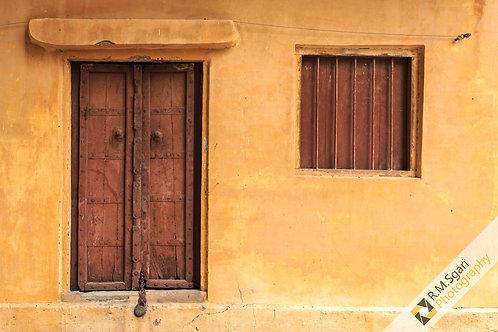 Ref.62022 - Entrances
