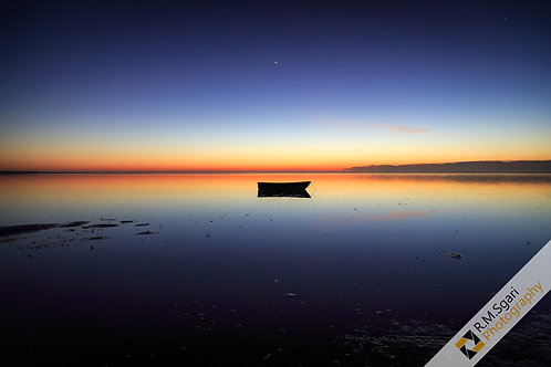 Ref.10058 - The Boat and the Sky