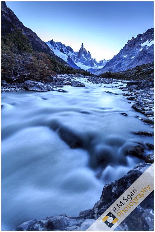 Ref.10017 - Fitz Roy River (Argentina)