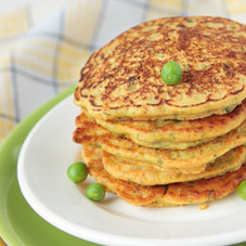 Pea-flour-fritters-with-vegetables-16055