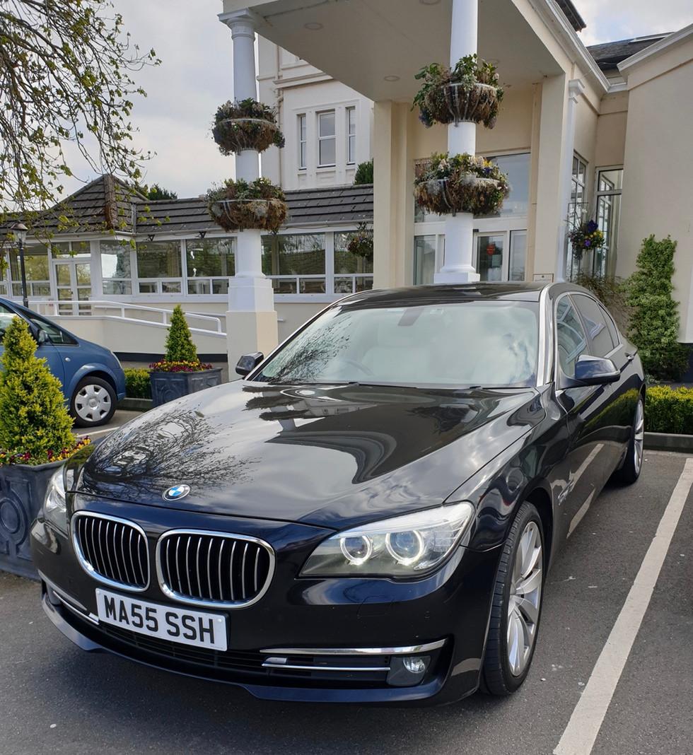 Black BMW LWB.jpg