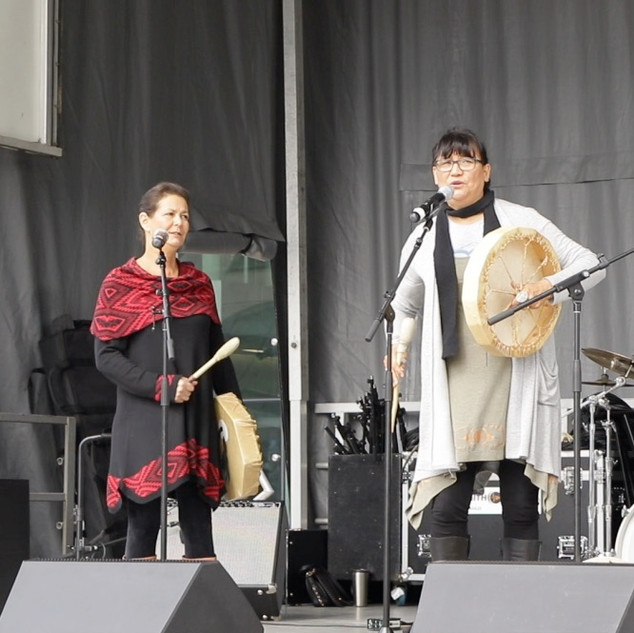 M'Girl Indigenous group performing at AHFOMAD 2018