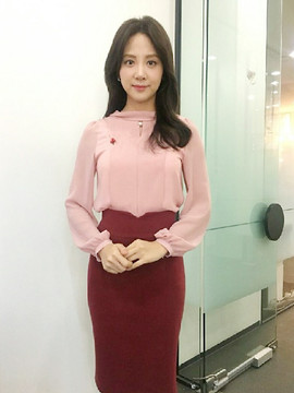JTBC김민아기상캐스터 복사.jpg