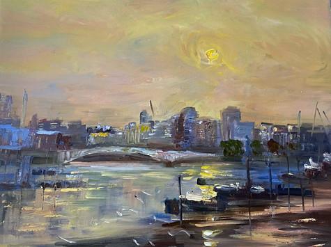 Sunrise towards Wandsworth Bridge