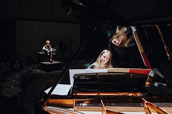 Vivien Heinzmann et Jacqueline Corpataux