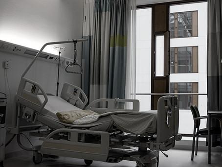 Twitter suspende a Spiriman  «el que se quiere curar de cáncer se cura y el que no, se muere»