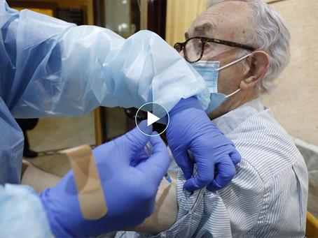 La vacunació de la COVID arrenca a les residències de Viladecans