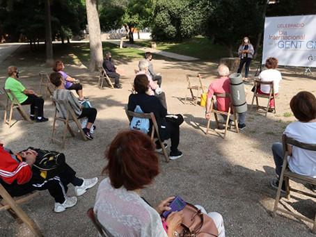 Gavà inicia un nou servei de voluntariat per a persones grans en soledat