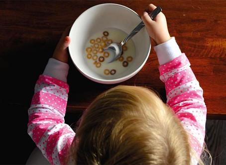 Gavà garanteix els ajuts alimentaris als menors vulnerables durant les vacances escolars