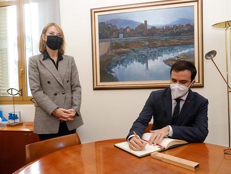 El ministre de Consum, Alberto Garzón, ha visitat Sant Boi i la seu de la Gasol Foundation
