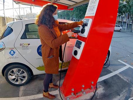 Sant Boi posa en servei una fotolinera per a la recàrrega de vehicles elèctrics