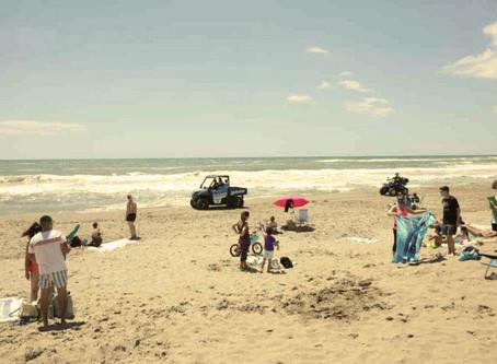 Gavà redueix en un 15% l'aforament a la platja