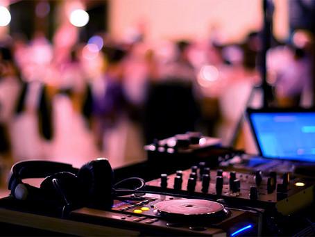 Las discotecas reabren en Cataluña en medio de la segunda oleada de coronavirus