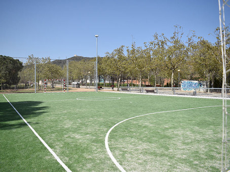 S'obren a Viladecans dues noves pistes esportives públiques al parc de la Torre-Roja