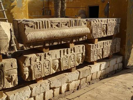 El Museu Egipci de Barcelona descobreix les restes d'un temple del faraó Ptolomeu I a Egipte