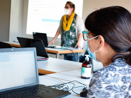 Competències digitals contra la bretxa de gènere a Viladecans