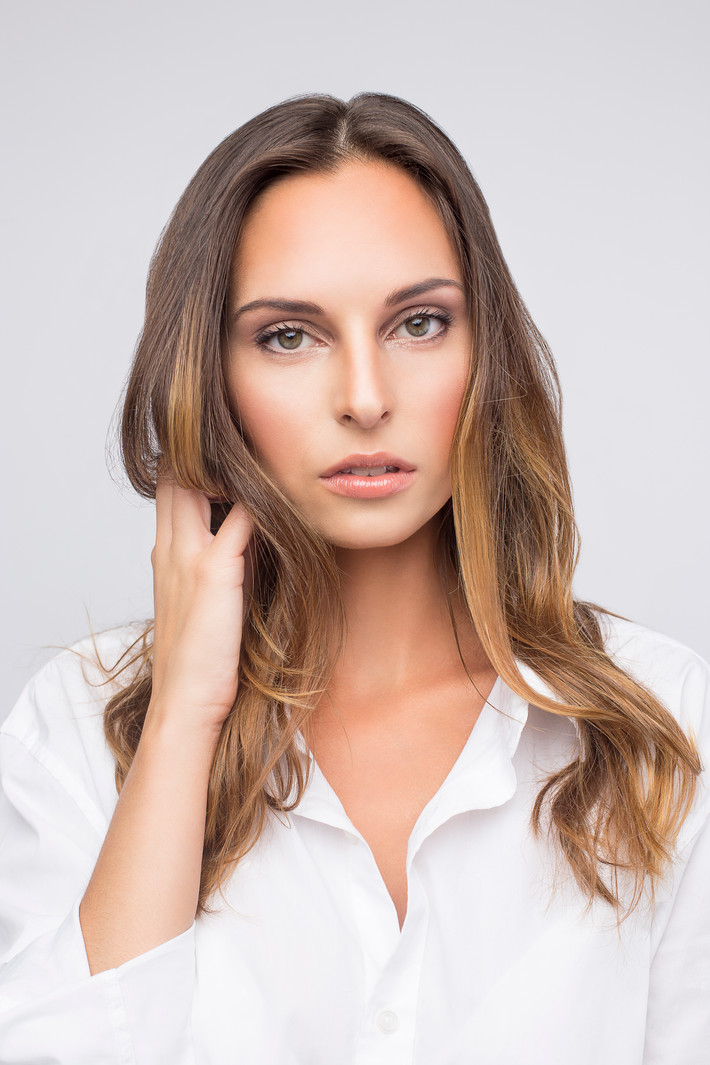 One SAUVAGE side for a PERFECT SKIN : 4 quick Steps on the beautiful Kate Lalic