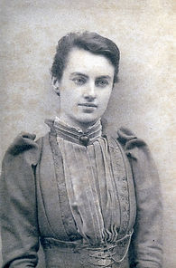 DurhamEdith2.young (526x800).jpg