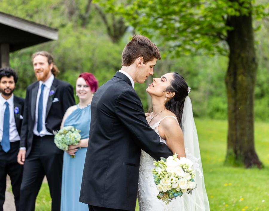 Sable Park Photography - wedding kiss