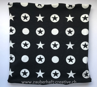 Loop Sterne schwarz.jpg