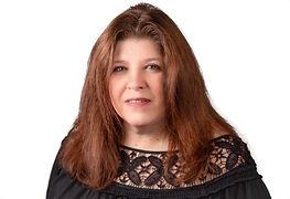 Vicki Goetter Headshot.jpg