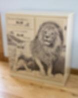Sharpie dresser Aesop DIY Lion and Mouse Fable