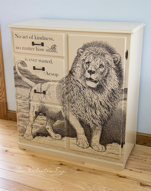 Sharpie dresser Aesop DIY Lion and Mouse Fable