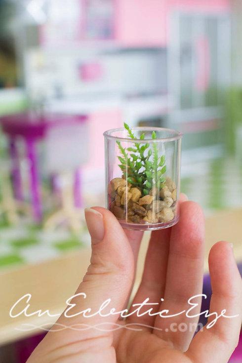 Miniature 1:6 terrarium
