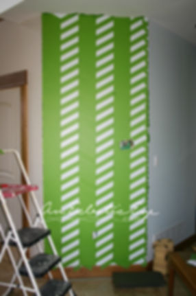 DIY Frogtape painted accent wall
