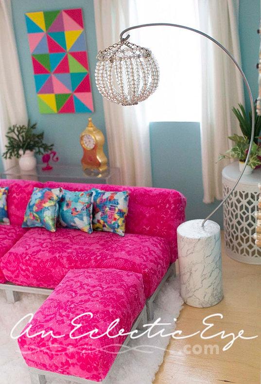 an-eclectic-eye-diy | Barbie livingroom
