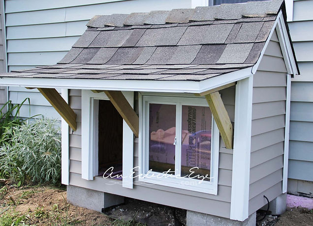 insulated doghouse with awning