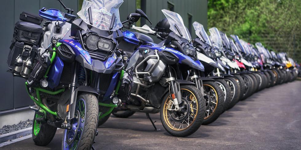 BMW Motorrad Werksführung und Clubhausfest