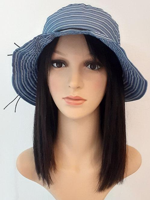 Sombrero Plegable Azul con líneas